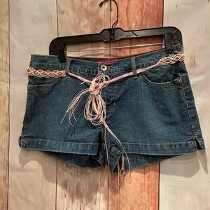 Glo denim jean short shorts w beaded belt pockets